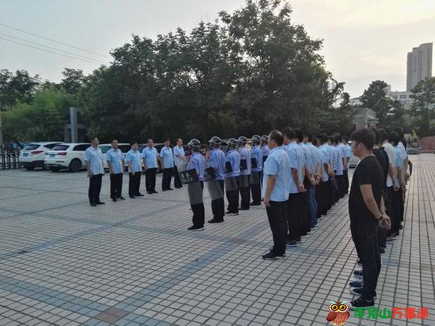 宝丰县法院开展夏季雷霆行动夜间擒老赖